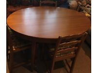 Nice table and 5 Chairs for sale!!!Must Go ASAP!!