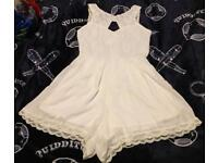 Gorgeous white play suit size 10 / 12 New with lace trim