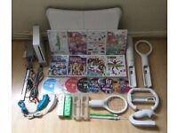 Large Nintendo Wii Console Family Package - Bundle Lot