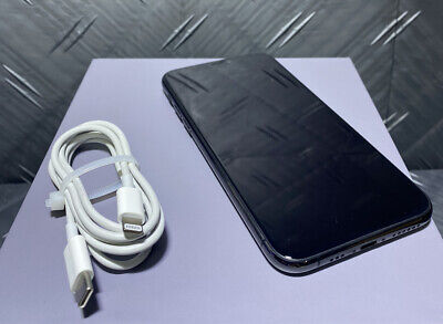 Apple iPhone 11 Pro - 64GB - Space Gray (Unlocked) A2160 (CDMA + GSM) Bundle