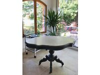 BEAUTIFUL WHITE MARBLE TOP FRENCH ANTIQUE DINING/SIDE TABLE