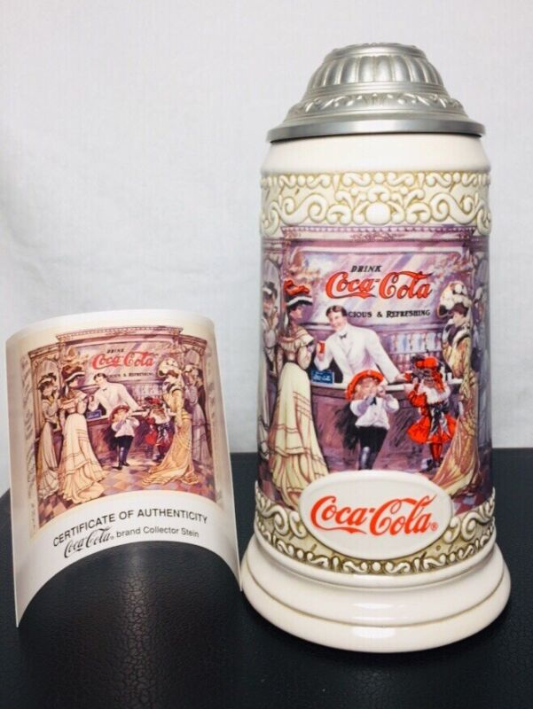 1994 COCA-COLA COLLECTOR STEIN WITH LID THE SODA FOUNTAIN COKE MIB/COA. New
