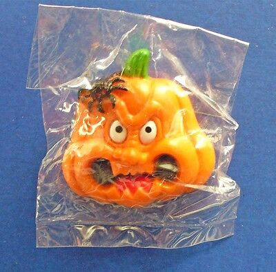 Russ PIN Halloween Vintage PUMPKIN JOL SPIDER MEAN Face Holiday Brooch - Mean Halloween Pumpkin Face