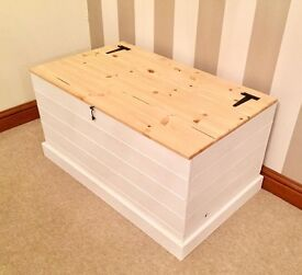 Wooden Ottoman / Blanket Box***£79***FREE DELIVERY