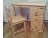 Child's solid wood desk and chair - Twickenham