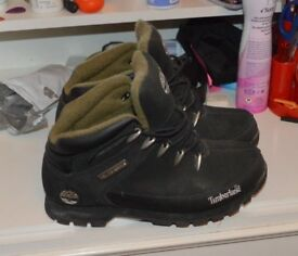 Timberland boots size 7 Navy BNNB