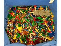 Large selection of MAGNETix & K'nex toy model kits