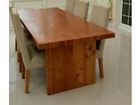 Immaculate Dining Table & 6 Chairs