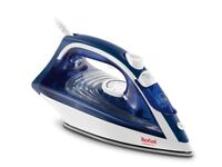TEFAL Maestro Steam Iron FV1834 2400W BRAND NEW