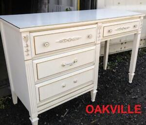 French Provincial Buy Or Sell Desks In Toronto Gta