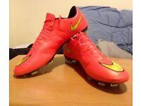 Nike football boots: Mercurial Vapor X FG (Mens Size 11 UK)