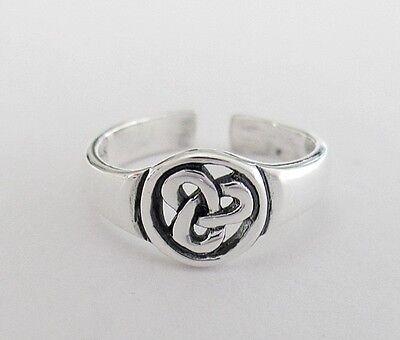 Sterling Silver Celtic filigree Trinity adjustable toe ring