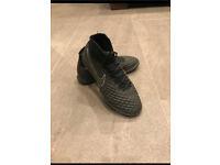 Nike Magista football boots Size UK 7 astro