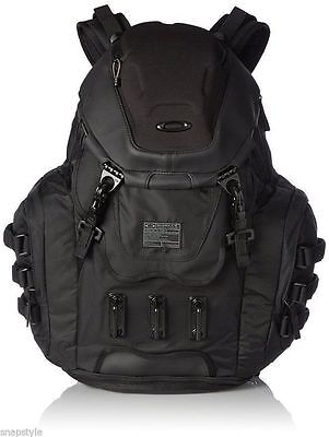 New Men's OAKLEY Kitchen Sink Backpack 34L Capacity  Stealth
