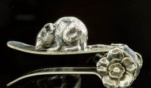 Antique Figural Victorian Napkin Ring/Mouse/Silver Plate/ Napkin Holder