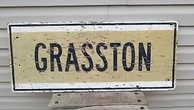 Fantastic Vintage 1940's Wood Road Sign Grasston, Mn. w/ Early Reflective Paint