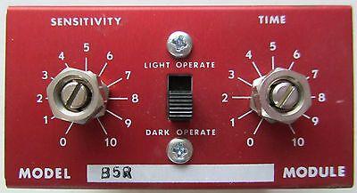 Banner B5r Logic Module Plug In Photoelectric Amplifier Dark Light Operate