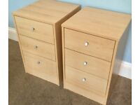 Pair of Beech 3 Drawer Bedside Chest of Drawers H24in/61cm W15.5in/39cm D16.5in/42cm