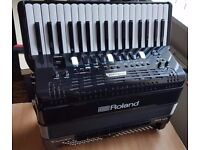 Roland FR-4X 37/120 PA, bought new by me in March of this year, is offered for sale with guarantee,
