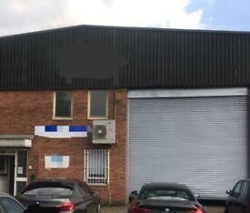 Warehouse to rent in Capitol Industrial Park