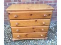 Solid pine chest of drawers. Dovetail joints. G