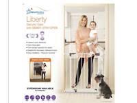 Dreambaby liberty stair gate brand new