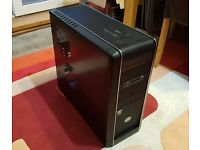 Cooler Master CM690 PC Case ATX / Micro-ATX + DVD Drive + Card Reader