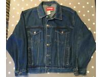 Men's Wrangler Denim Jacket , As New (unworn), Extra Large, Blue