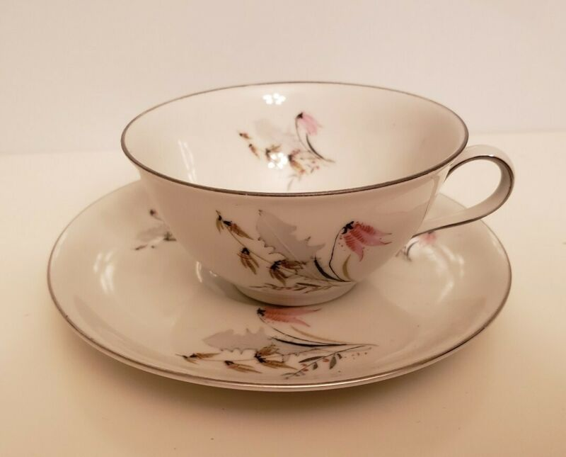 VINTAGE ROYAL DUCHESS FINE BONE CHINA TEACUP AND SAUCER SET BAVARIA GERMANY