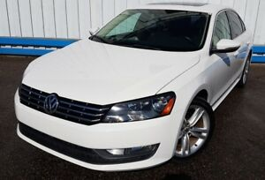 2012 Volkswagen Passat Highline *LEATHER-SUNROOF*