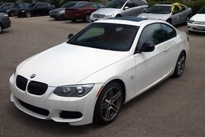 2011 323i BMW 4 Door All White 10/10 condition