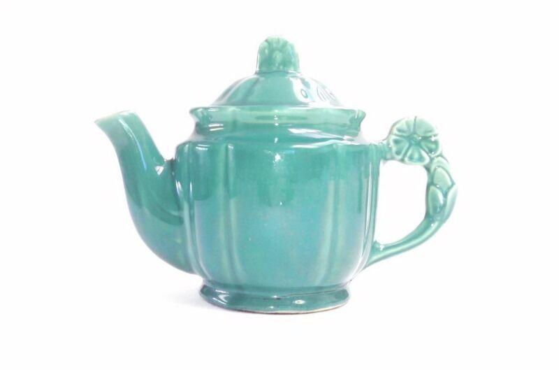 Vintage 1940s Shawnee Pottery Green Tea Pot 5 Cup Rosette Handle