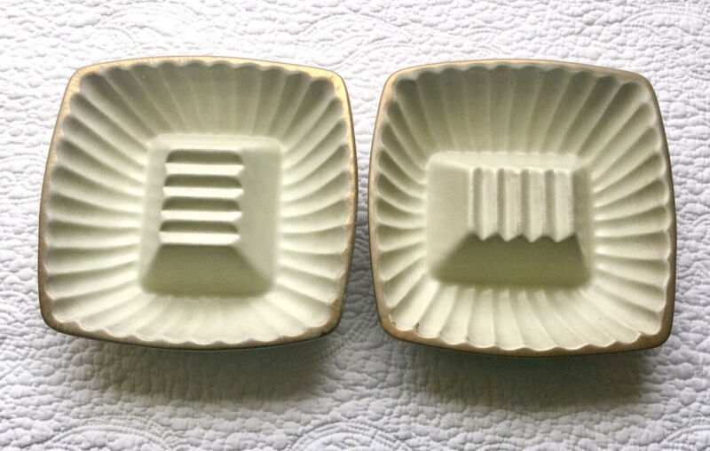 Vintage Mid-Century Ceramic Haeger 12K Gold Tweed 1044-S Ashtrays Pre-Owned (2)