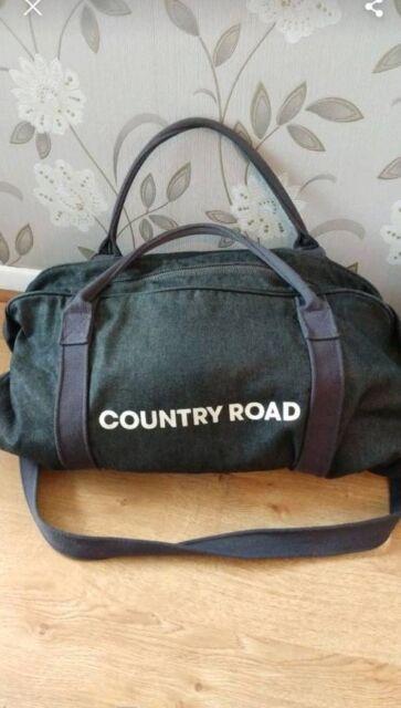 Unisex Country Road duffle bag - Aus brand!  9460c8eb7752b
