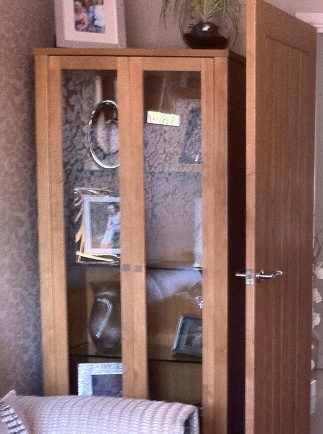 Oak Display Cabinet must be gone this weekend Open to  : 86 from www.gumtree.com size 649 x 870 jpeg 92kB