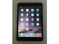 Apple iPad Mini 16GB Wifi - £135 - Black - With Receipt
