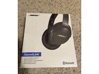Bose SoundLink Around-Ear Wireless Headphones II brand new!