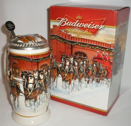 """2006 BUDWEISER - 8"""" CLYDESDALES HOLIDAY LIDDED STEIN - SUNSET AT THE STABLES"""