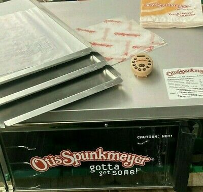 Otis Spunkmeyer Os-1 Commercial Nsf Cookie Oven W 3 Trays Timer - Used Once