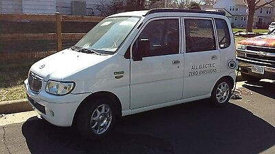 2009 Other Makes G80 4 DOOR HATCHBACK LSV ELECTRIC 2009 Miles ZX40S-AD Electric Car LSV NEV Daihatsu Move micro car GOLF CART Legal