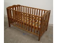Quality Real Wood 3 in 1 Cotbed