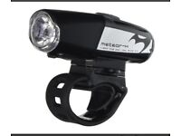 Very Bright Bike Light. 360 Lumens. Fits all handle bars. Good Condition.