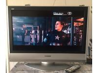 "PANASONIC 32"" HD LCD Flatscreen TV - HDMI x 2, Freeview, Remote Control - EXCELLENT CONDITION!!"