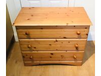 ***pending collection*****Chest of drawers pine wood