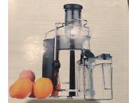 Nearly new VonShef juicer