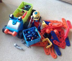 Large quantity ELC 'Build it' parts