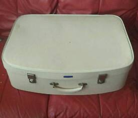 Retro cream suitcase
