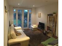 3 bedroom flat in Whitchurch Lane, Edgware