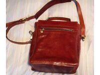 1 Bridge ladies leather shoulder bag.