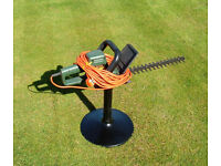 Hedge Trimmer. Electric Corded. Black & Decker GT 220. 40 cms
